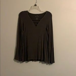 American Eagle grey bell sleeve v neck blouse